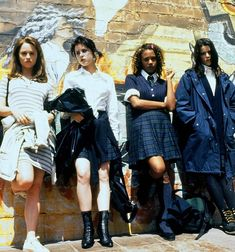 Fashion D, Witch Fashion, Fashion Night, Fashion Outfits, The Craft 1996, The Craft Movie, Family Halloween Costumes, Diy Halloween, Halloween Couples