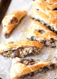Swiss, Leek, and Mushroom Braid 30 Insanely Delicious Puff Pastry Recipes Recipes Using Puff Pastry, Puff Pastry Recipes Savory, Puffed Pastry Recipes, Puff Pastry Appetizers, Puff Pastry Quiche, Pastries Recipes, Raw Food Recipes, Appetizer Recipes, Cooking Recipes