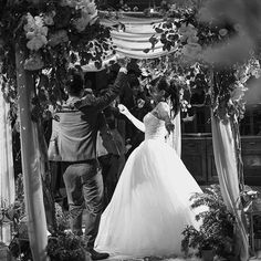 #weddingflower #weddingdesign #wedding #flowers #floral #floraldeco #bride #flores #Bouquet #love #FloralArch #WeddingFloralArch #WeddingCeremony #ceremony #FlowerArch #weddingArch #ceremonydecor #婚禮佈置 #六福村婚禮 #點點婚禮