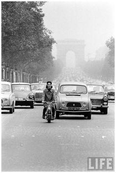 Tenemos el encanto de una marca originalmente francesa que conoce y entiende los gustos y necesidades de cada uno. Comos #Renault #EuroautosRenaul imagen vía #Pinterest
