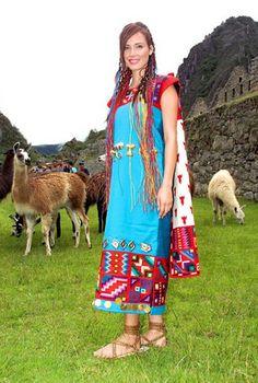 TRAJES TIPICOS DEL PERU Traditional Peruvian Dresses: Vestimenta Inca - Miss Mundo Maju Mantilla en Machu Picchu