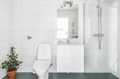 SV13 Signs, House Tours, Toilet, Bathtub, Bathroom, Inspiration, Home Decor, White People, House