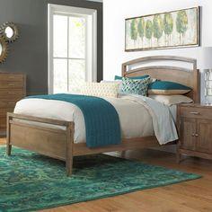 Daniel's Amish Nouveau Queen Bed in darker stain