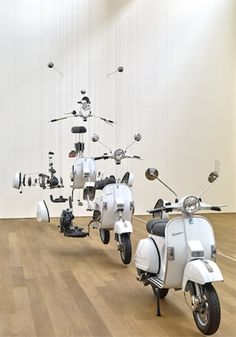 Installation art by Damián Ortega Born in Mexico We could consider Damián Ortega's art as a plea for the instrumentation of scientific and technical knowledge in the very process of artistic. Vespa Lambretta, Vespa Scooters, Piaggio Vespa, Damian Ortega, Lml Star, Moto Scooter, Things Organized Neatly, Exploded View, Exhibition Space