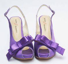 Zapatos de Novia, Rodrigo Hernández Color Morado con Aplicación Moño