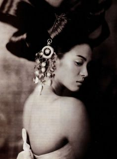 Song Hye Gyo photographed by Paolo Roversi for Vogue Korea June 2007