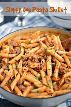This Sloppy Joe Pasta Skillet recipe is filling, delicious, and easy to make using basic ingredients that you probably have on hand! Healthy Beef Recipes, Yummy Pasta Recipes, Hamburger Meat Recipes, Easy Dinner Recipes, Cooking Recipes, Cooking Tools, Pizza Recipes, Sloppy Joe, Beef Skillet Recipe