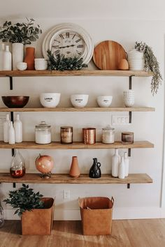 Add classic farmhouse style to your home with these trendy and practical DIY open shelves you can make in just a few hours. Dining Room Shelves, Kitchen Shelf Decor, Dining Room Walls, Open Shelf Kitchen, Bedroom Shelving, Kitchen Wall Shelves, Kitchen Buffet, Kitchen Cabinets, Diy Wall Shelves