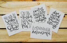 Os cartões tipográficos da coleção Trash Songs Brasil Anos 90 estão à venda! Um cartão + envelope artesanal em papel kraft R$10 ou o conjunto com os 5 cartões + 5 envelopes por R$40. Pode pedir pra Mim, pra @rcluizaa ou pra @petersencamila, a gente te entrega ou diz algum ponto de revenda. 😘