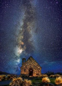 The Milky Way (Canterbury, New Zealand)  How amazing is this!