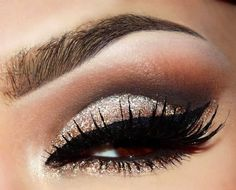 neutral glitter smokey eyes