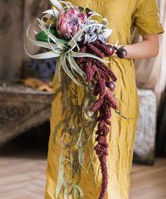 Protea Bouquet, Protea Flower, Dried Flower Bouquet, Dried Flowers, Pink Flowers, Diy Flower, Fall Bouquets, Fall Wedding Bouquets, Flower Bouquet Wedding