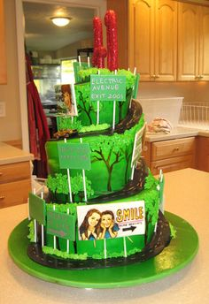 Aww what a cute cake idea--would probably take forever though!