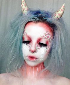 25 kreative Halloween-Make-up-Ideen Sfx Makeup, Cosplay Makeup, Demon Makeup, Fantasy Make Up, Fantasy Hair, Make Up Art, Special Effects Makeup, Halloween Makeup Looks, Pretty Halloween