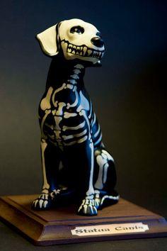 Ceramic dog skeleton - very Day of the Dead - skull item. Halloween Crafts, Halloween Decorations, Halloween Halloween, Halloween Makeup, Halloween Costumes, Halloween Table, Halloween Signs, Vintage Halloween, Samhain