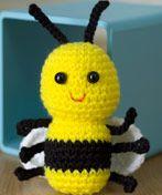 2000 Free Amigurumi Patterns: Bee
