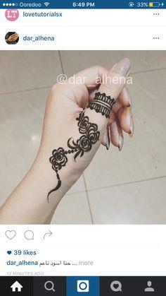 The Roses hand thumb Henna Designs Arm, Pretty Henna Designs, Henna Tattoo Designs Simple, Finger Henna Designs, Beautiful Mehndi Design, Best Mehndi Designs, Cute Henna Tattoos, Henna Tattoo Hand, Arte Mehndi