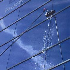 Limpieza con pértiga. Empresa de Limpieza Madrid.