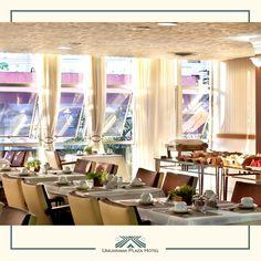 Aproveite esta sexta-feira e venha conhecer o Aldeia's Restô  que fica aqui no Umuarama Plaza Hotel! Você merece começar o fim de semana bem!! #UmuaramaPlaza #Aldeia'sRestô O Hotel, Plaza Hotel, Vanity, Table Decorations, Mirror, Furniture, Home Decor, Travel, Dressing Tables