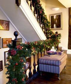 This might be my last post until January 23 so I'd like to wish you all a very merry Christmas, Happy New Year and happy holidays, and. Christmas Stairs, Winter Christmas, Christmas Wreaths, Merry Christmas, Christmas Decorations, Xmas, Holiday Decorating, Decorating Ideas, Christmas Interiors