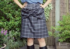 """An Outlander tutorial! An Outlander great kilt tutorial or Outlander Arisaid skirt tutorial that I crafted just for you. Click here to go to part 2. """"Well, well, well, Ava Baytree.. This article se…"""