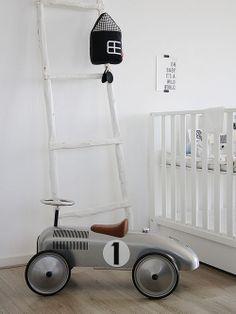Quarto de brinquedos com carrinho Designer: Karlijn de Jong Fotógrafo: Holly Marder