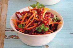 Cviklovo-mrkvový šalát | Recepty | zena.sme.sk Japchae, Carrots, Vegetables, Ethnic Recipes, Fit, Shape, Carrot, Vegetable Recipes, Veggies
