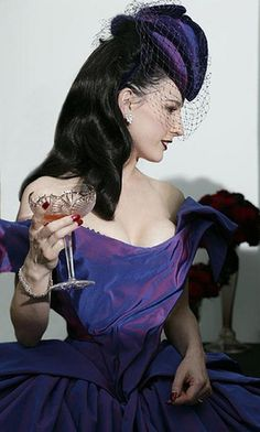 Dita Von Teese wedding dress. Beautiful structured corset by Mr Pearl