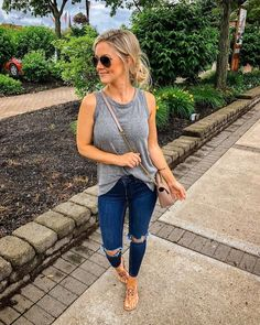 Summer fashion modest, summer mom outfits, casual jeans outfit summer, co. Spring Outfit Women, Summer Outfits For Moms, Casual Jeans Outfit Summer, Spring Outfits Women Casual, Summer Leggings Outfits, Summer Clothes For Women, Sandals Outfit Summer, Fall Outfits, Casual Outfits For Moms
