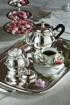 Afternoon #Tea at its Grandiosity! Peaceful Transition from #AMCoffee via @DiscoverSelf