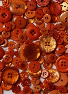 Color Mandarina - Tangerine!!! Vintage Buttons