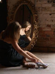 Degas inspired Senior Photo Shoot with Mirror and High Heels trinity-photo.com