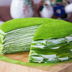 """Today's recipe """"How To Make Matcha Crepe Cake"""" it easy to do at home . The sweetness cream mixture and little bitter of Matcha make it's delicious Green Tea Recipes, Sweet Recipes, Cake Recipes To Impress, Matcha Tea Benefits, Best Matcha Tea, How To Make Matcha, Matcha Cake, Matcha Dessert, Green Tea Ice Cream"""