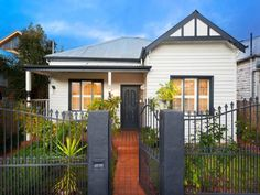 Photo of a weatherboard house exterior from real Australian home - House Facade photo. Like the look of the shutters Exterior Color Schemes, Exterior Paint Colors For House, Paint Colors For Home, Paint Colours, Colour Schemes, Weatherboard Exterior, Exterior Doors, Modern Exterior, Exterior Design