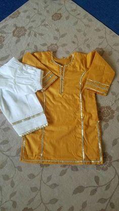 Girls Frock Design, Fancy Dress Design, Kids Frocks Design, Baby Frocks Designs, Stylish Dress Designs, Girls Dresses Sewing, Stylish Dresses For Girls, Velvet Dress Designs, Kids Dress Patterns