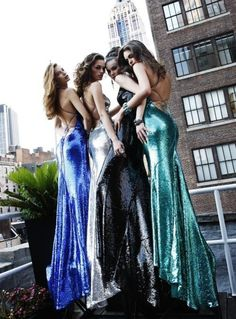 Glimmering evening gown dresses - times four models!
