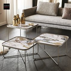 The Benny coffee table by Italian furniture brand Cattelan Italia is the perfect focal point for the modern living room. Available in 3 versions and 3 heights with a ceramic or mirrored top and metal base. A modern coffee table that provides plenty of room for drinks and decor. Use this table as a coffee table or modern side table for your living room design. Available at Casa Spazio, a modern furniture store in Chicago. Also shop online at www.casaspazio.com #coffeetable #sidetable… Marble Furniture, Modern Furniture, Furniture Design, Home Design, Home Interior Design, Casa Atrium, Modern Side Table, Best Kitchen Designs, Italian Furniture