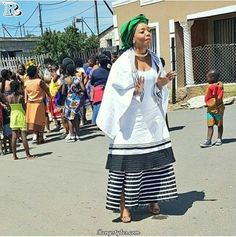 I love Xhosa Traditional Wear outfit for south african Female Celebrities' African Fashion Styles and Outfits… Xhosa Attire, African Attire, African Wear, African Women, African Style, African Wedding Dress, African Print Dresses, African Fashion Dresses, African Dress