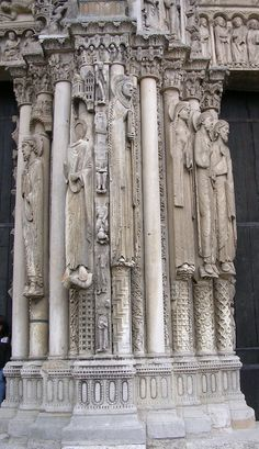 France - Chartres cathedral - central Queen Column Figure, West Wall #gothic
