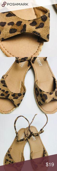 Gurls cheetah print sandals Old Navy Tan Cheetah Print Girls Sandals Size  13 Ankle Strap Buckle