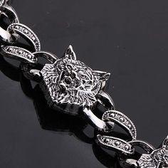 Wolf Chain Bracelet in Silver