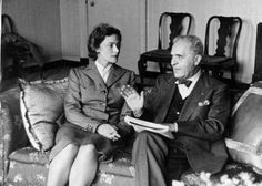 Kathleen Ferrier with the conductor Bruno Walter