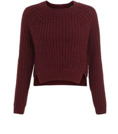 Teens. Keep cosy in style with this burgundy split hem jumper. Perfect for everyday looks.- Ribbed texture- Split hem- Zip back detail- Simple long sleeves- Rounded neckline- Casual fit