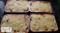 Musaka o moussaka Bechamel, Carne Picada, Home, Grated Cheese, Eggplants, Plate, Recipes, Lactose Free, Greek