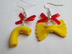 boucle d oreille pate coquillette ,papillon noeud rouge fimo bijou gourmand chic : Boucles d'oreille par fimo-relie