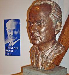 Reinhard Mohn, Comunicación y Humanidades 1998.