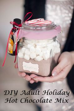 40 beautiful christmas spirit jars ideas pinterest decoracin diy holiday hot chocolate mix solutioingenieria Images
