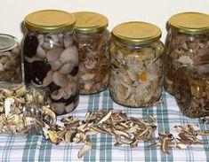 Erdőkóstoló: Erdei gombasavanyú - Gombatartósítás I. Mason Jars, Stuffed Mushrooms, Food And Drink, Favorite Recipes, Canning, Vegetables, Drinks, Stuff Mushrooms, Drinking