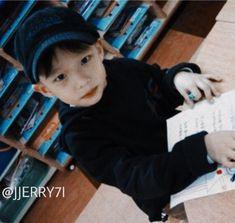 Stray Kids Seungmin, Felix Stray Kids, Baby Pictures, Baby Photos, K Pop, Ulzzang Kids, Childhood Photos, Idole, Kid Memes