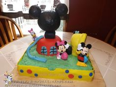 Amazing Picture of Mickey Mouse Clubhouse Birthday Cakes - You can find Mickey mouse cake and more on our Amazing Pict. Toodles Mickey Mouse, Mickey Mouse Clubhouse Cake, Mickey And Minnie Cake, Mickey Mouse Cupcakes, Mickey Mouse Clubhouse Birthday, Homemade Birthday Cakes, Cupcake Birthday Cake, Birthday Cake Decorating, Cool Birthday Cakes